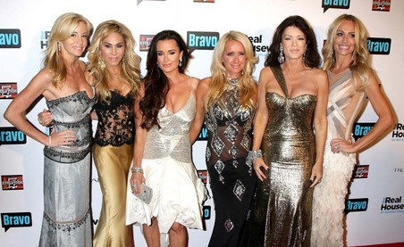 gallery_main-real-housewives-of-beverly-hills-premiere-10122010-16.jpg
